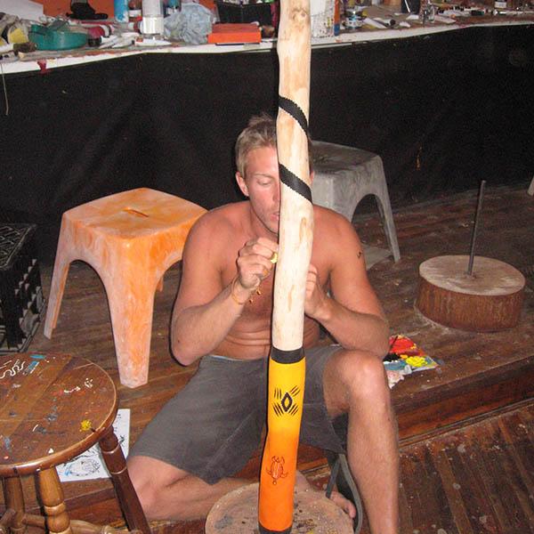 rapp målar didgerioo igen