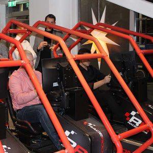 Racing simulatorer. Häftiga racing simulatorer race room