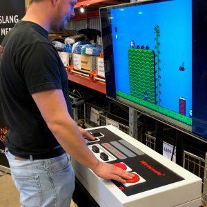 Jättenintendo NES 8 bit